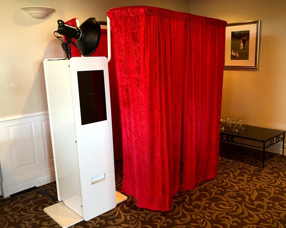 Event Photo Booth Hire Sydney - Enclosed Photo Booth